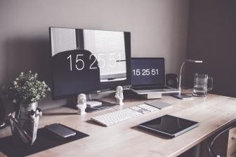 Modele nowoczesnych i stylowych biurek